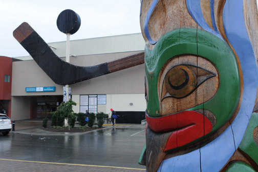 Hockey And Totem, Duncan, BC 2011