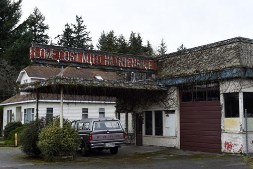 Lowe Cost Auto Maintenance, Chemainus, BC 2016